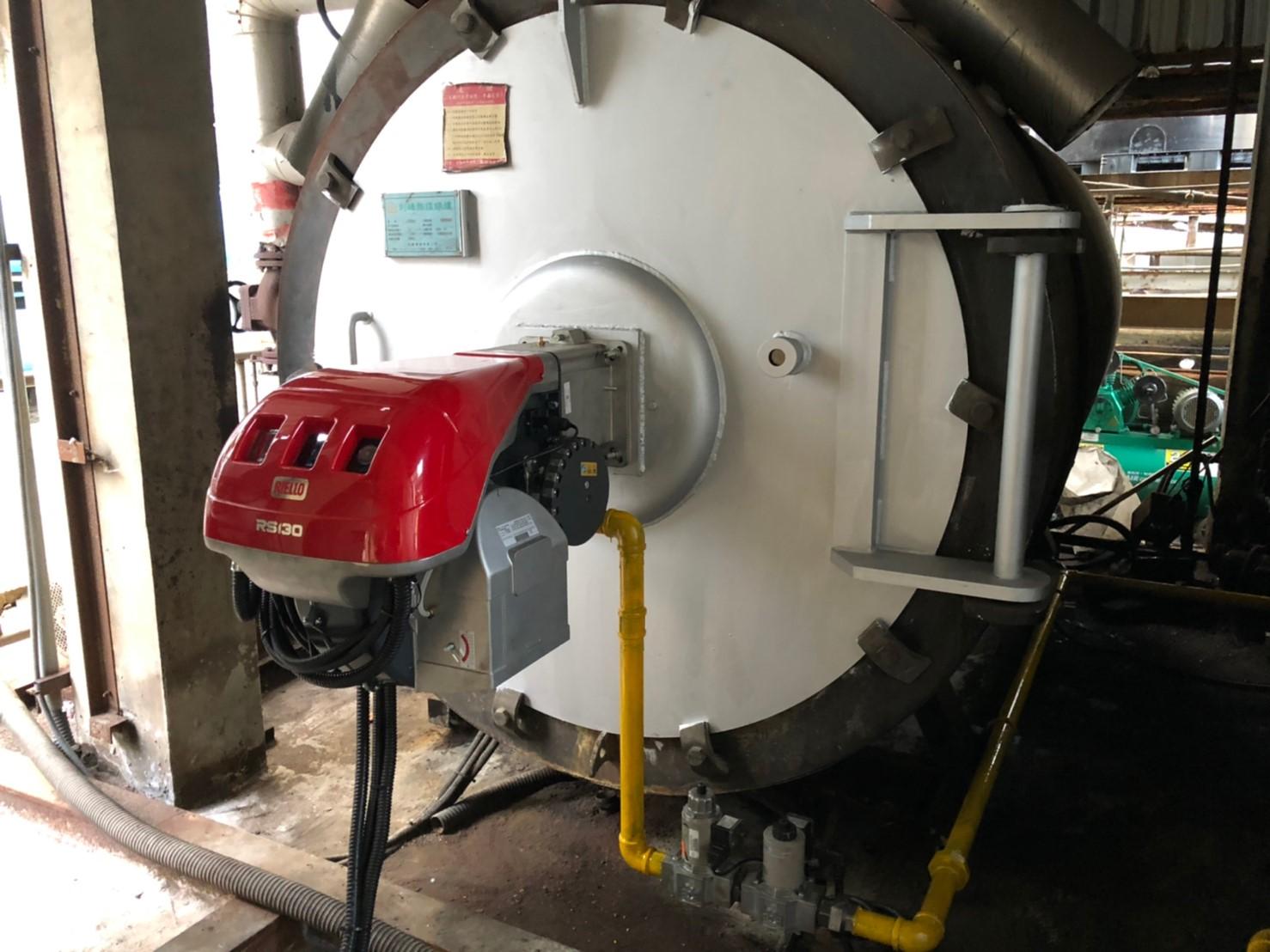 裝設一體式比例調節瓦斯燃燒機,充分考量現場環境限制及使用需求。