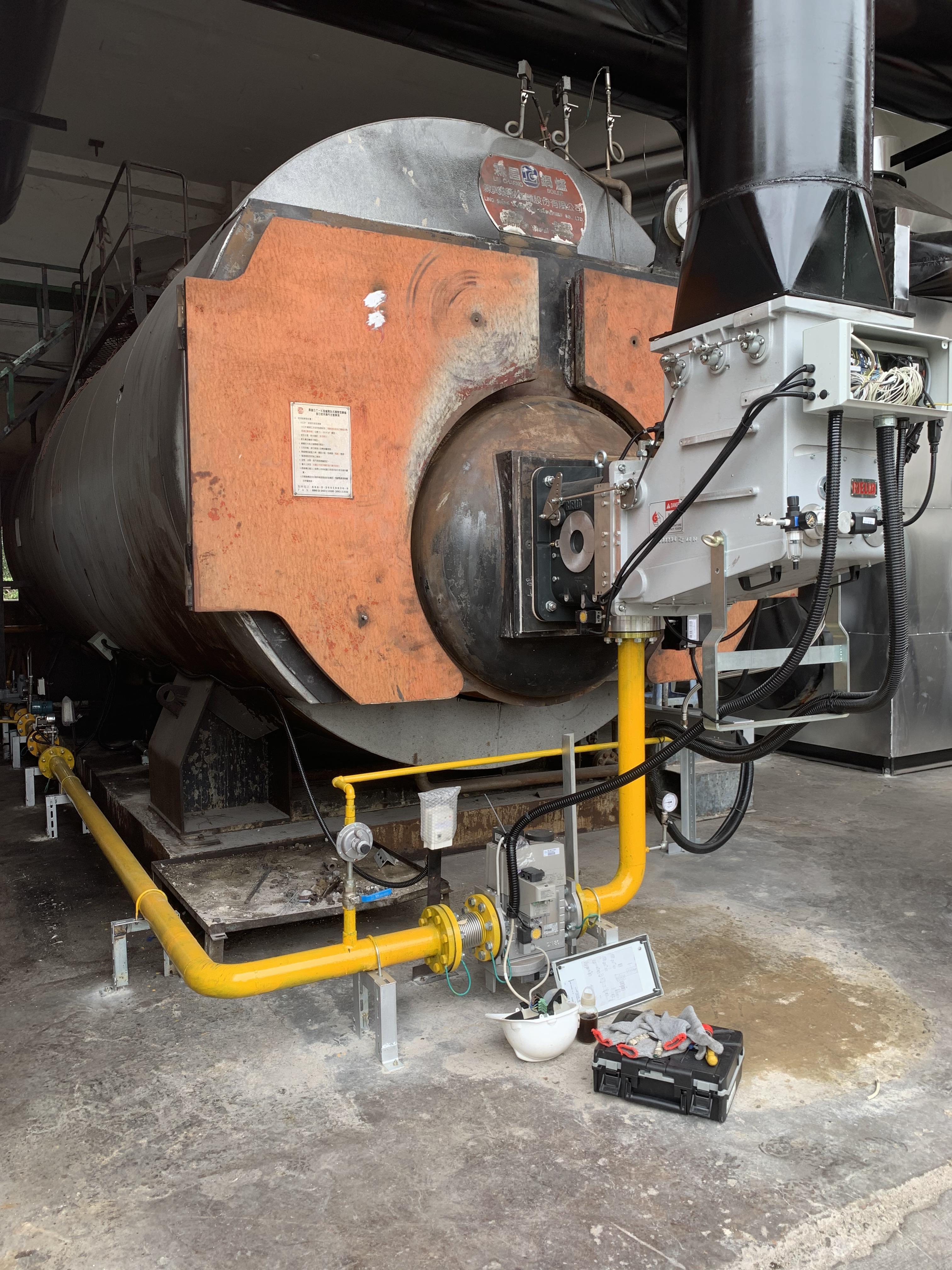 DB 9 SE 熱回收電子比調式瓦斯燃燒機應用